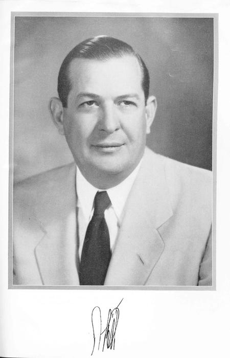 Brief biography of Tarpon Springs banker A. L. Ellis. Includes portrait. Appeared on p. 26-27 of vol. 2 of the book: The story of southwest Florida / by James W. Covington.